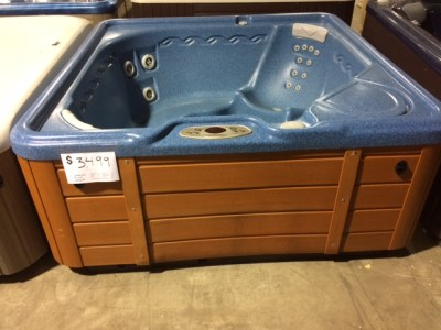 Pre-Owned Hot Tubs - Lifestyles Hot Tubs