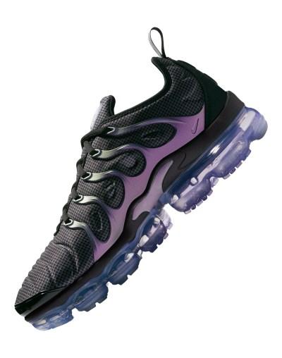 Men's Black & Purple Nike Vapormax Plus | Life Style Sports