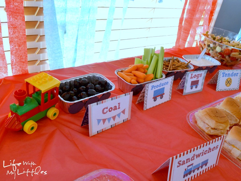 Ideas for a little boy train birthday party. Complete with food ideas ...