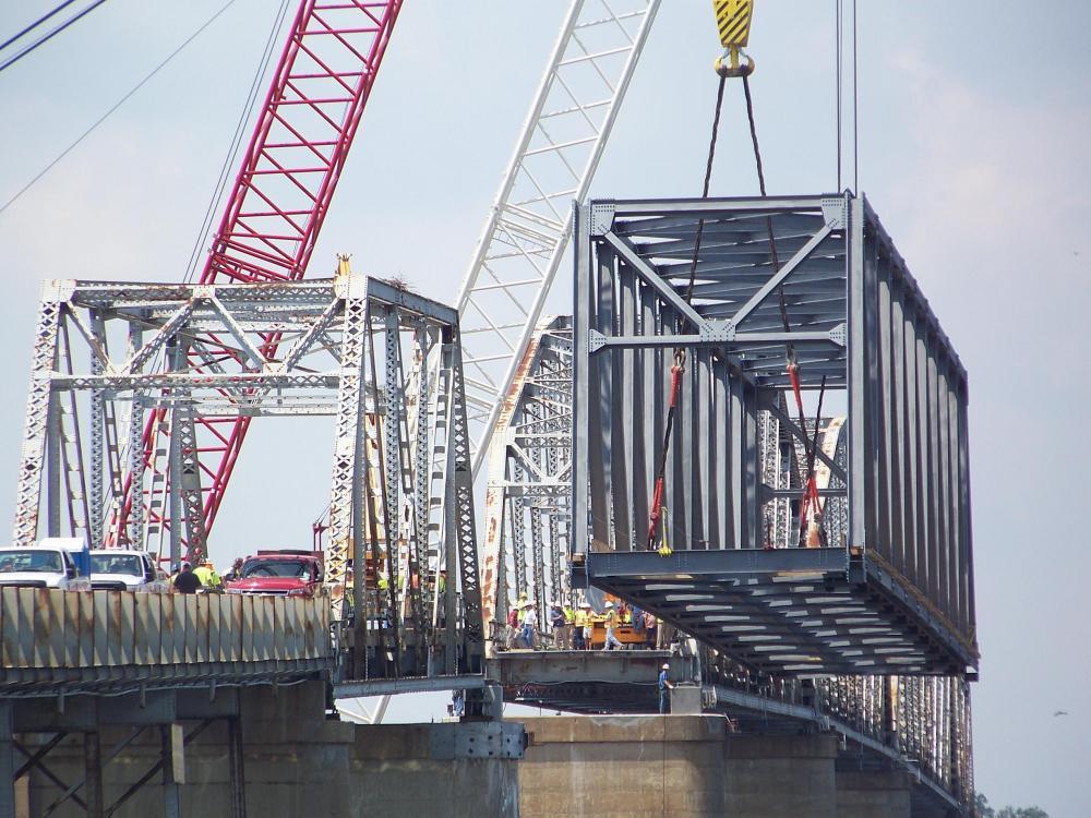 Terex RT and Crawler Cranes Aid Kentucky Ferry Bridge Rebuild Lift