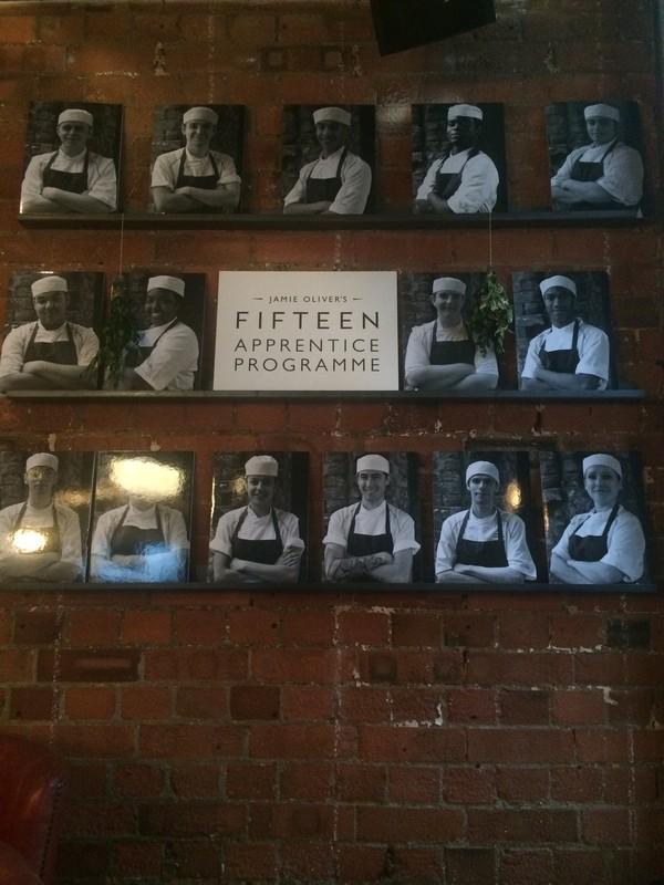 Comer em Londres - Jamie Oliver's Fifteen - Aprendizes