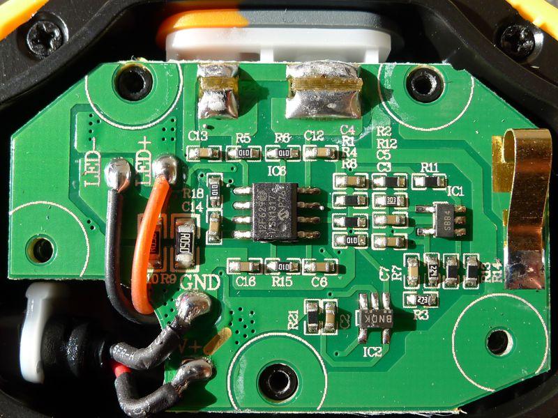 Fenix HP30 - driver front
