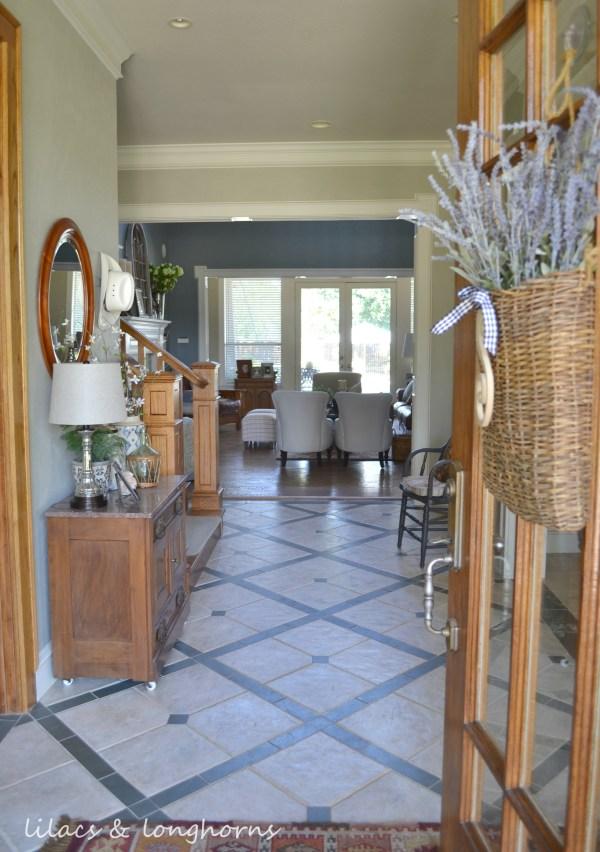 foyer open door_wm