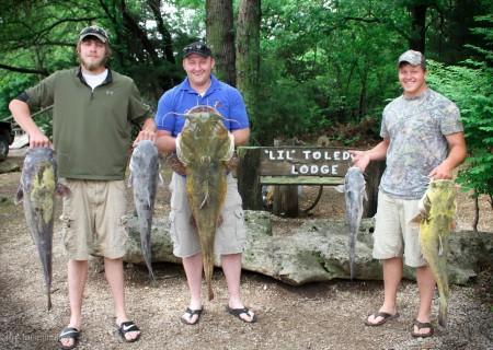 Cat Fishing Kansas Lodge (10)