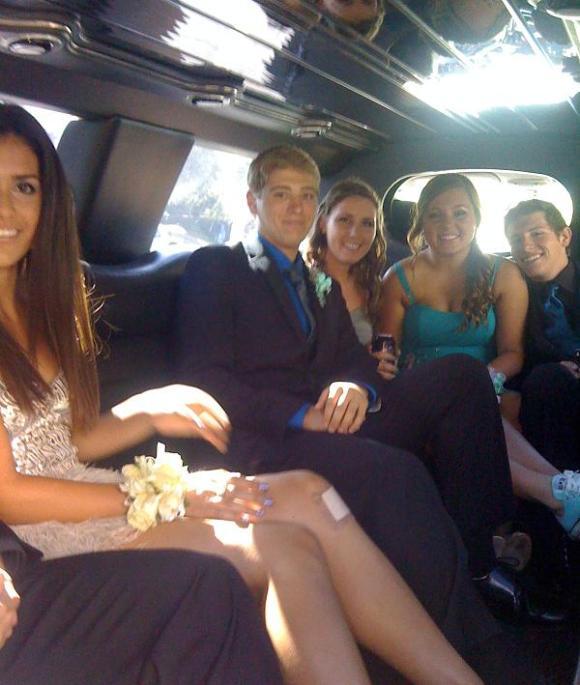 Yorba Linda Limousine Prom, Graduation, Wedding (Orange County, CA)