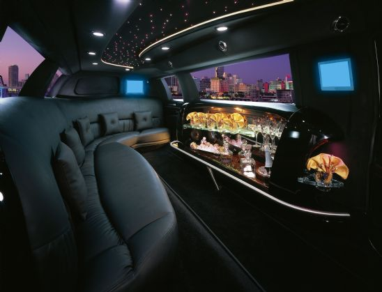 10 Passenger Limousine Orange County Prom Limo