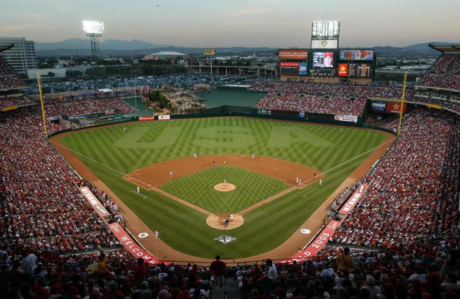 Angel Stadium Limousine Service & sporting event limousine