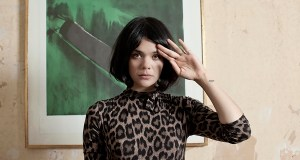 20121004-bat-for-lashes-600x-1349389062