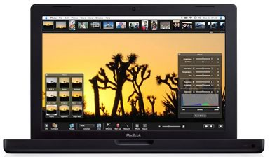 Svart MacBook: Apple Computer Inc. - Äntligen en svart bärbar dator från Apple igen. MacBook!
