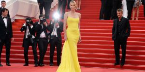 landscape-1431626522-hbz-cannes-2015-charlize-theron-index-1