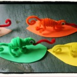 "Chameleon Pipe Cleaner Animals – ""A Color of His Own"" Activity"