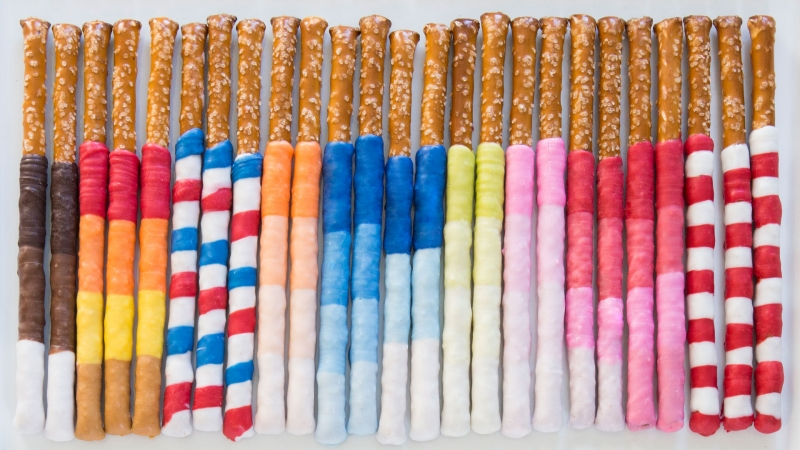 Striped Pretzel Sticks by Creativebug