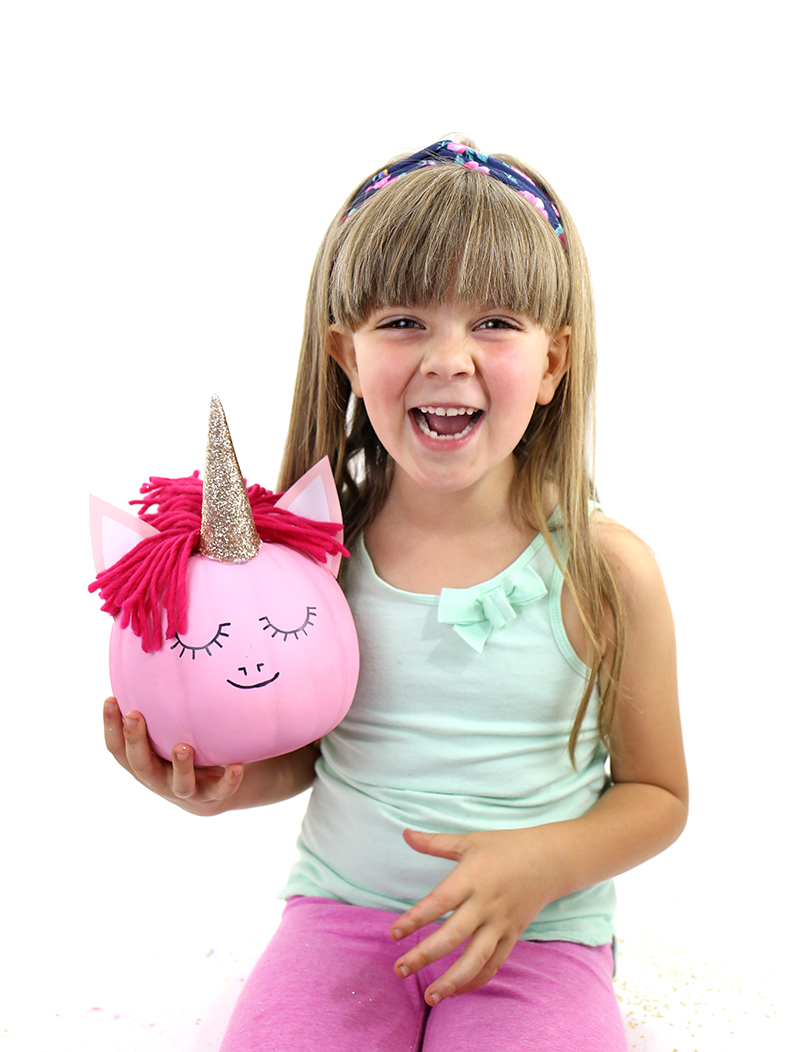 How to make a pink unicorn pumpkin by @linesacross 2