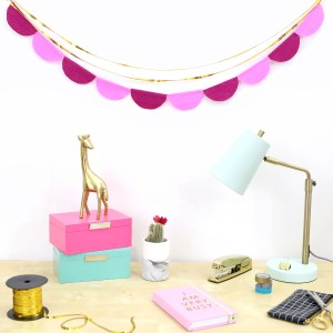 Scalloped Crepe Paper Garland