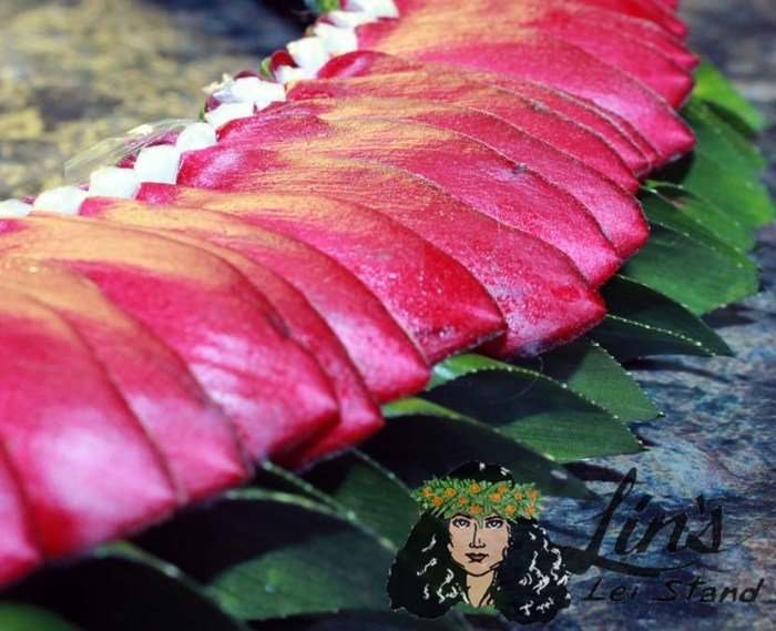 Red Ginger Lei