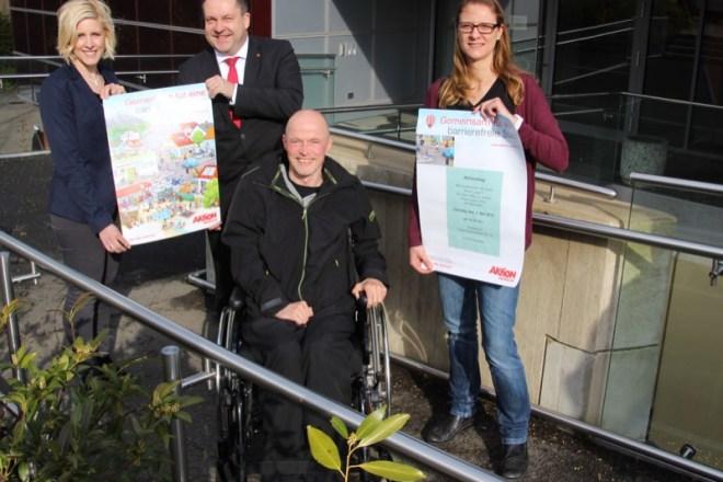 Kai Lohmeyer freut sich, Mitstreiter für seine Idee gefunden zu haben: Désirée Solle, Landrat Dr. Axel Lehmann und Stephanie Kleine (von links) unterstützen die Aktion gerne.