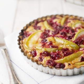 apple raspberry tart