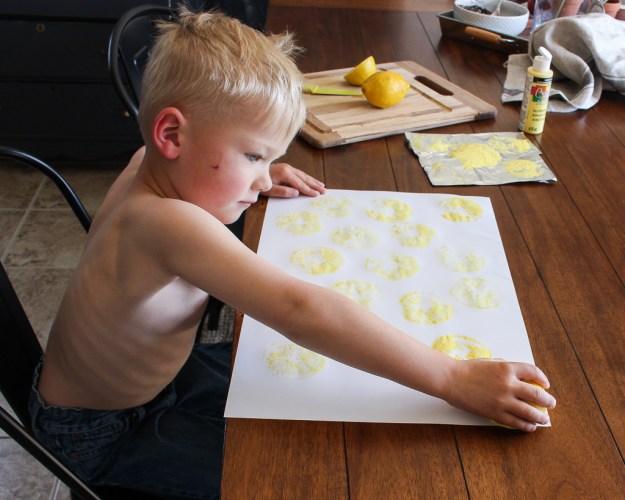 DIY Lemon Stamp Art - Little DeKonings