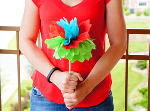 let's fiesta series: DIY napkin flowers.