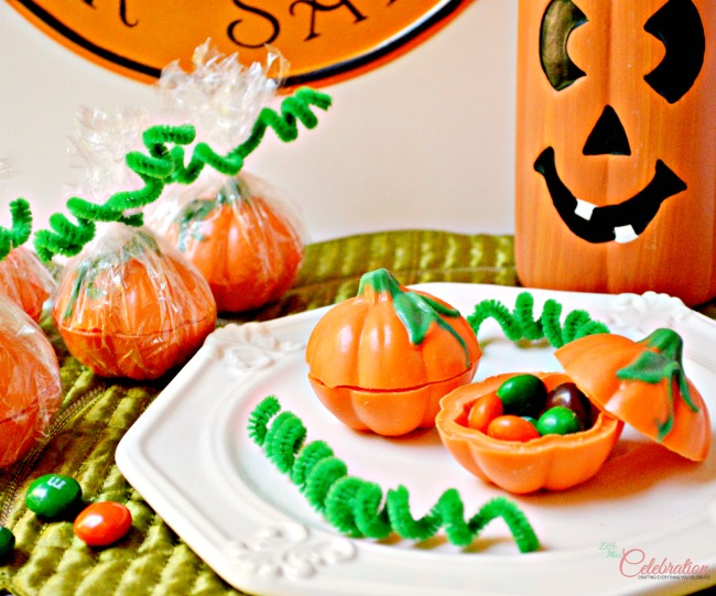 Pumpkin Candy Boxes - easy and fun! Fill with little candies and how great as a favor or place card for Thanksgiving? At littlemisscelebration.com
