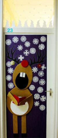 Cool Christmas door decorations - LittlePieceOfMe