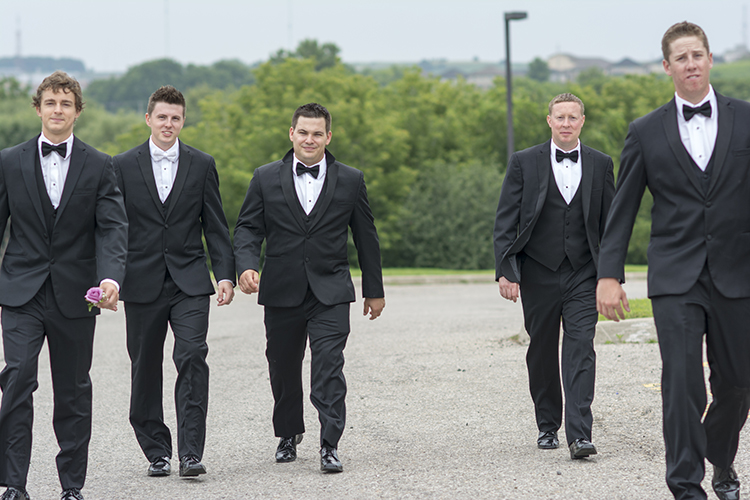 chris&jill-groomsmen