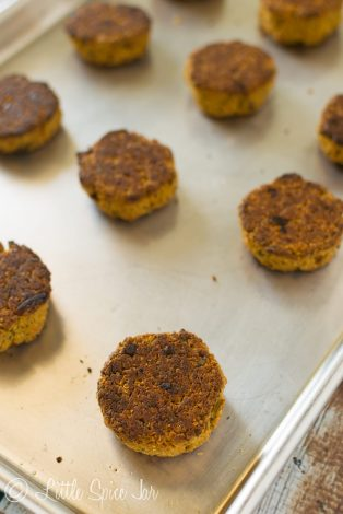 BAKED QUINOA FALAFEL WITH HOMEMADE TAHINI SAUCE - Little Spice Jar