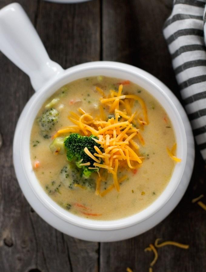 Creamy-Broccoli-Cheese-Soup-3