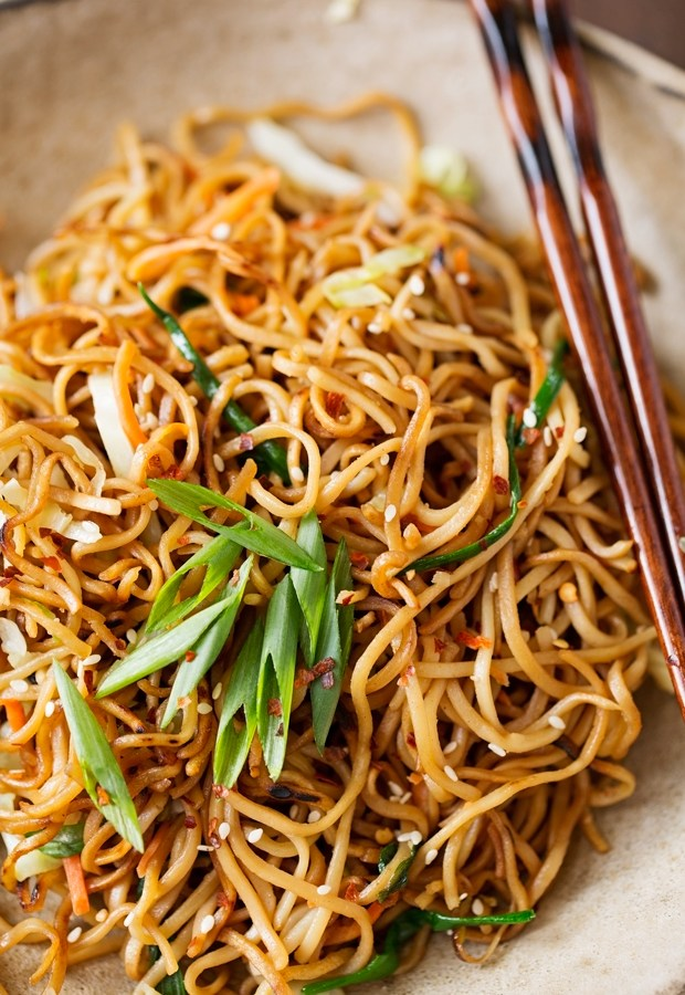 Cantonese-Style-Pan-Fried-Noodles-3