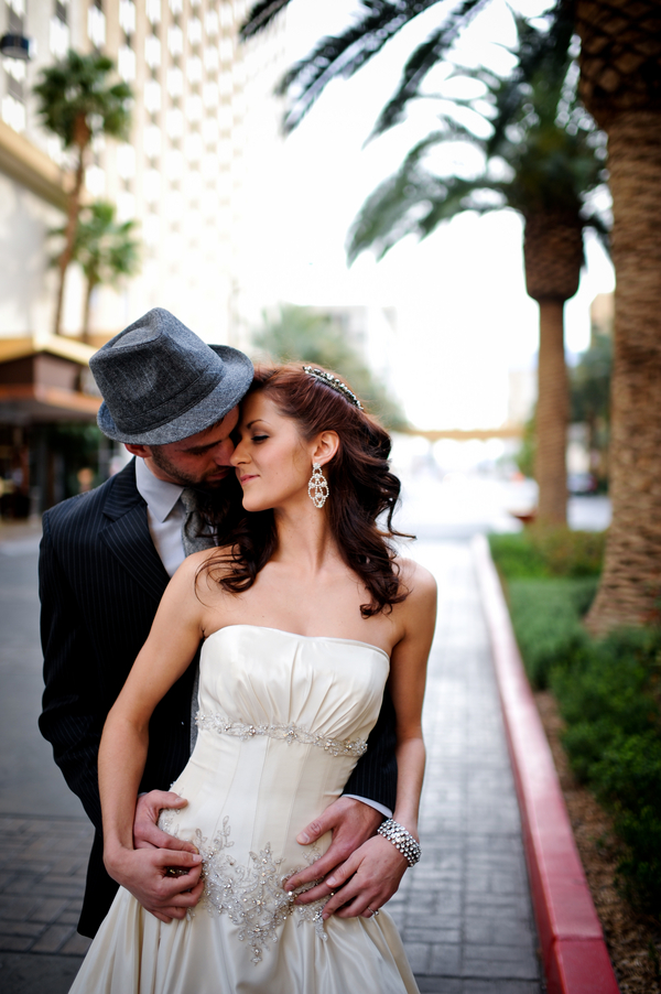 old school glamour vegas bridal shoot