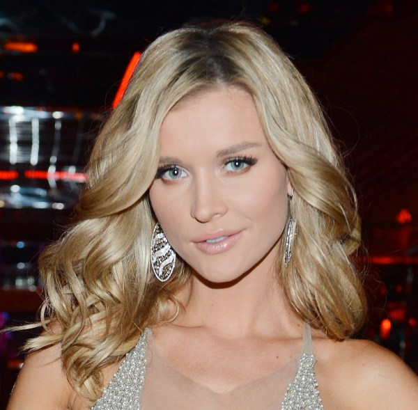 Makeup in the 702 joanna krupa