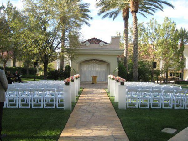 Garden Weddings at JW Marriott Las Vegas | Little Vegas Wedding
