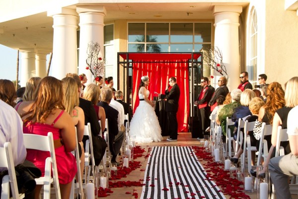 Black and Red Wedding at Canyon Gate | Little Vegas Wedding