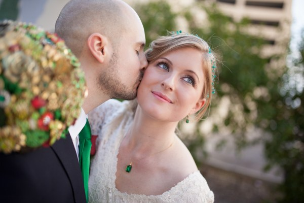Emerald Wedding at Maggianos | Little Vegas Wedding