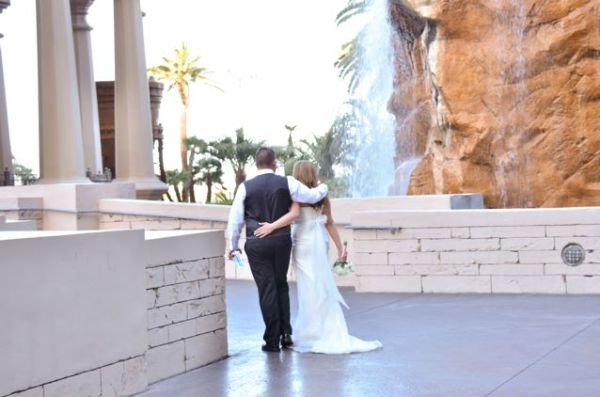 Valley of the Falls | Little Vegas Wedding