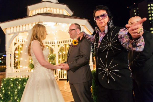 Vegas Elvis Wedding | Little Vegas Wedding