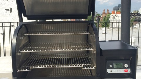 Timberline Wood-Burning Grill