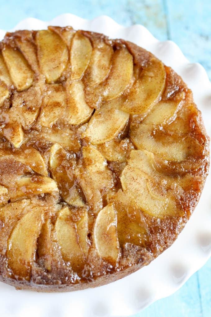 Caramel Apple Upside-Down Cake – A sweet and moist cake that's ...