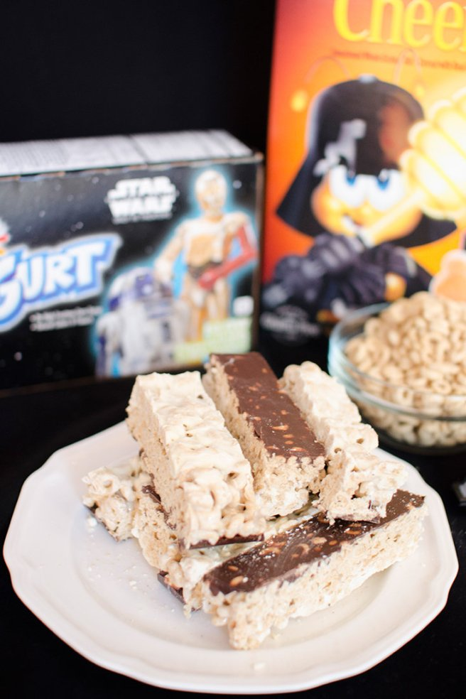 Celebrate the new Star Wars™ with Honey Nut Cheerios® Treat Bars: Which side are you on?