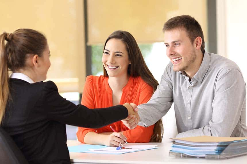 What Are the Job Duties of a Loan Officer? Loan Officer License