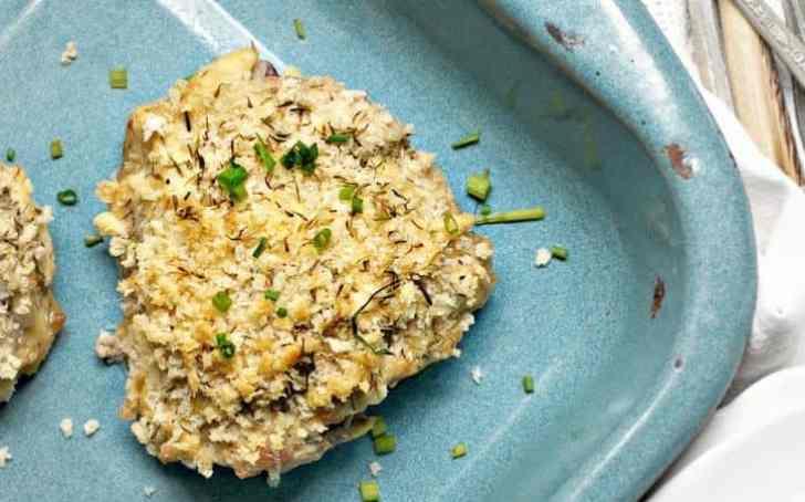 Creamy Artichoke Baked Chicken www.loavesanddishes.net