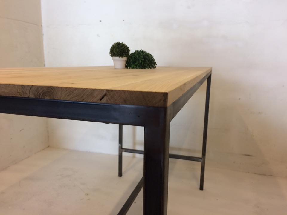 TABLE HAUTE INDUSTRIEL
