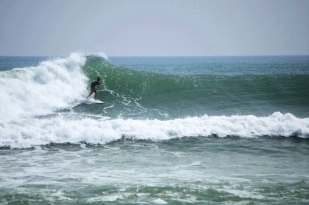 oneill-surfing-hainan-01