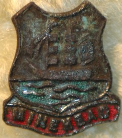 "little badge ""Minehead"""