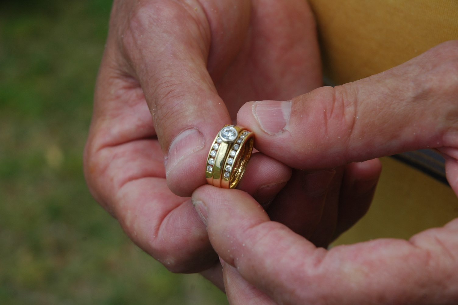 allisons lost wedding ring from rockingham beach - Lost Wedding Ring