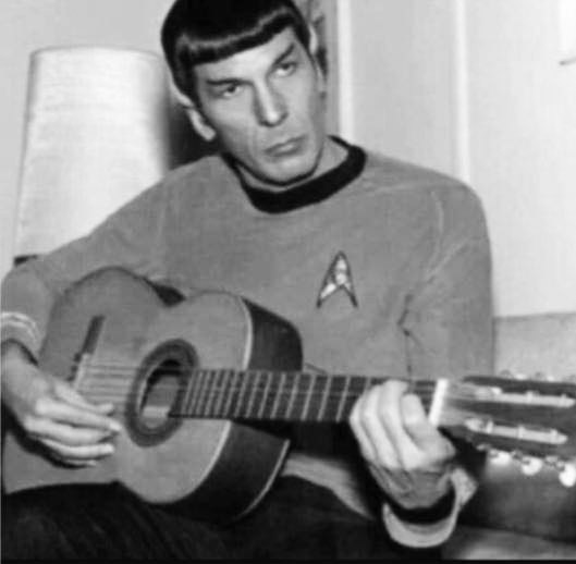 spock-on-guitar-bw