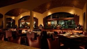 bar_dining_room_72dpi