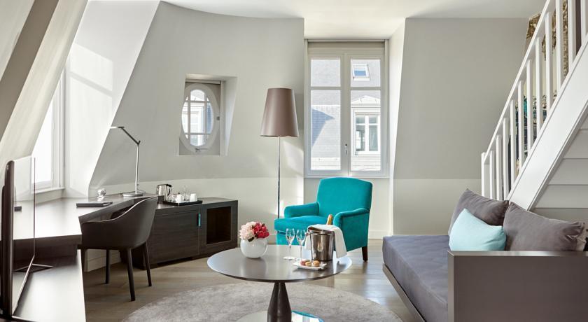 hotel-indigo-paris-44112568