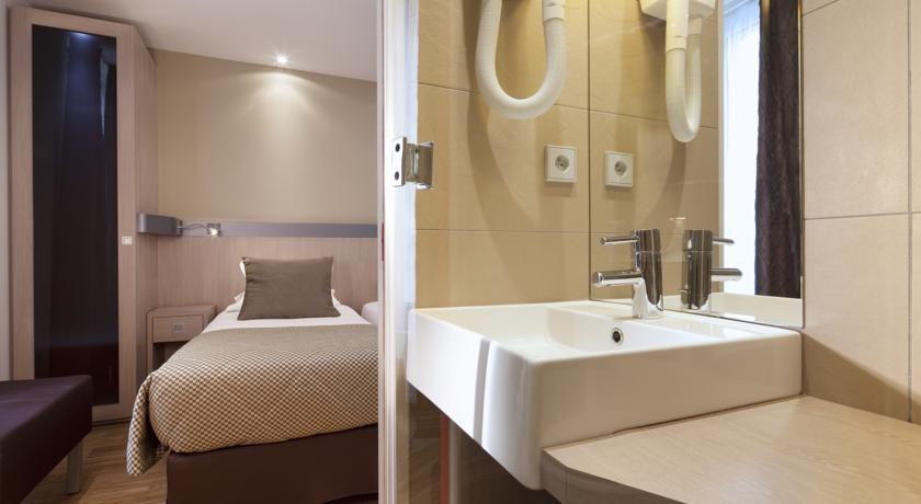 hotel-tourisme-avenue-13671542