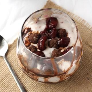 Cherry Brownie Blizzard #vegan #healthy